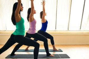 women-doing-yoga