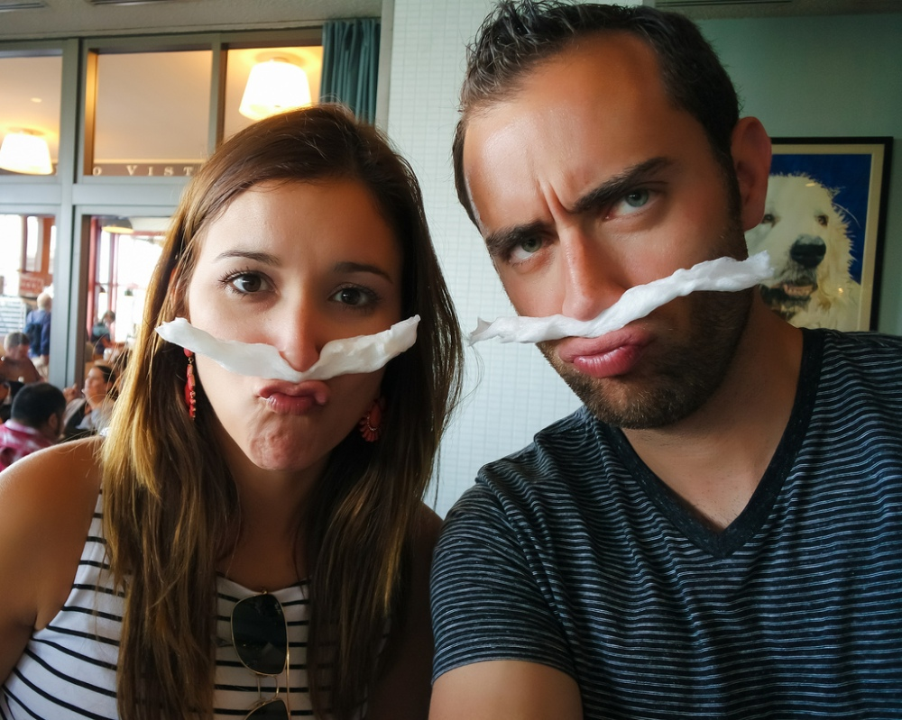 fake mustache couple