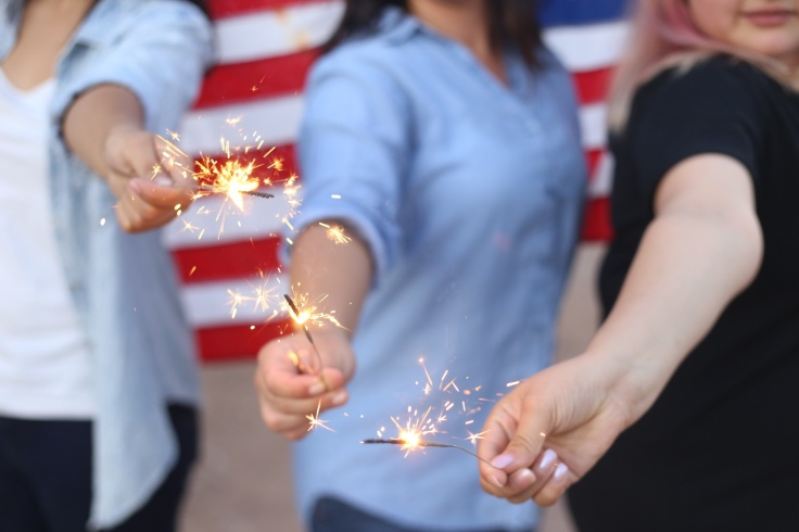 girlswithsparklers